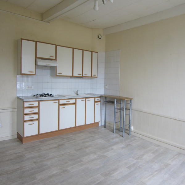 Offres de location Appartement Montréal-la-Cluse 01460