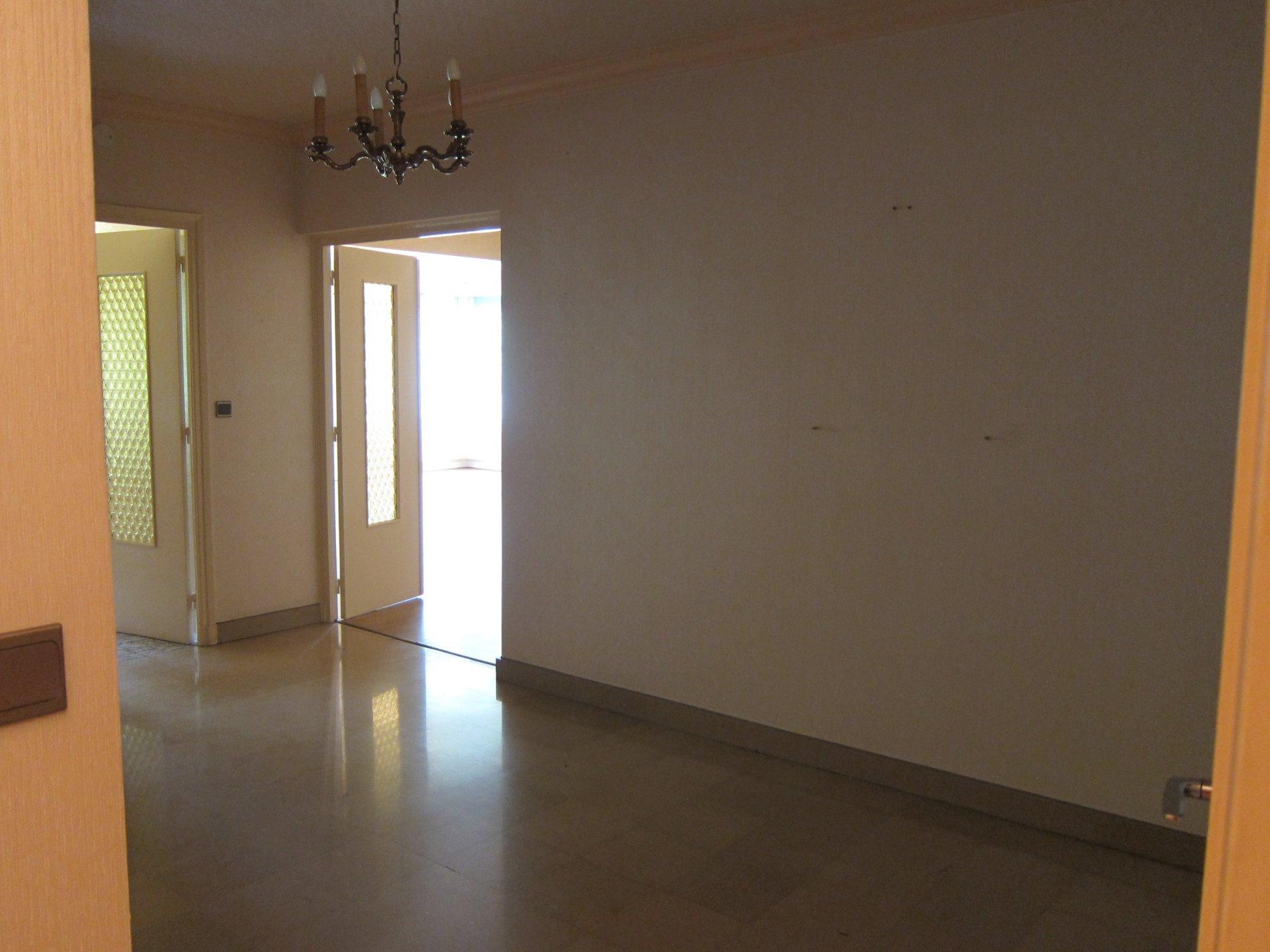 Salle De Bain Oyonnax ~ vente t4 avec balcon cave et garage