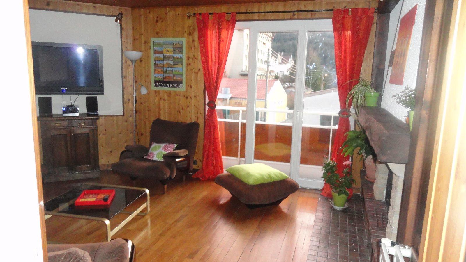 Vente maison de ville avec grand atelier for Vente maison avec atelier