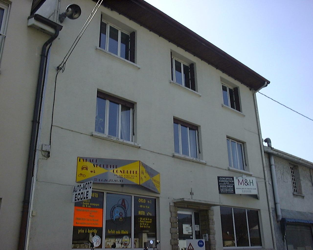 Location Immobilier Professionnel Bureaux Oyonnax 01100